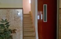 montacargas-para-personas-instalado-en-comunidad-de-vecinos-pemih-elevadores