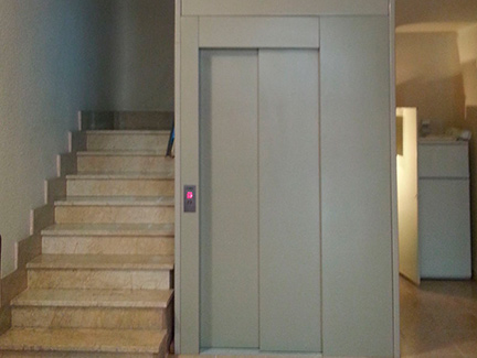 Instalacion ascensor con estructura metalica Castellon