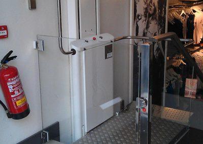 Plataforma salvaescaleras vertical sin cabina hdp-v