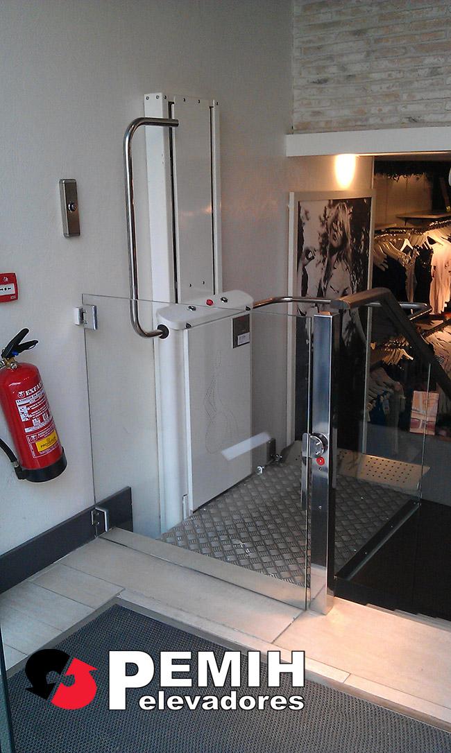 Sillas y plataformas salvaescaleras pemih elevadores for Salvaescaleras vertical