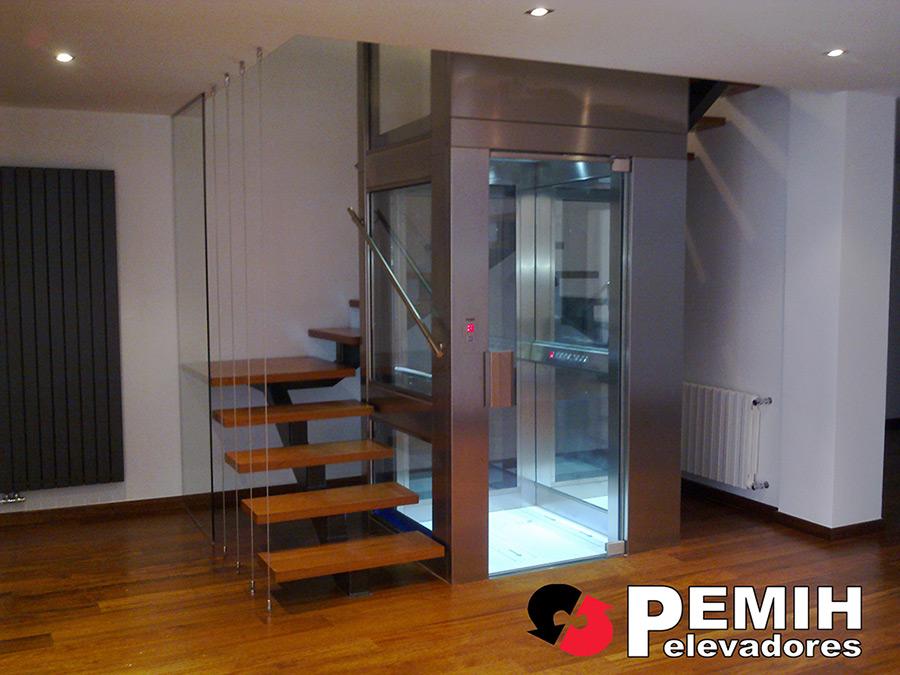 Fotos ascensores montacargas y salvaescaleras - Ascensores para viviendas unifamiliares ...