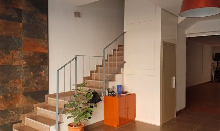 Instalación de ascensor unifamiliar en vivienda sin ascensor