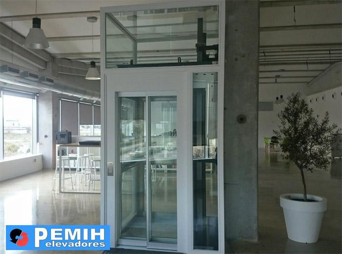 Instalación de ascensor en oficinas